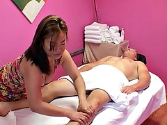 Sexy Asian masseuse rides her client's..
