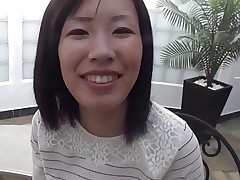 Busty MILF Shiho creampied