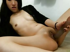 Asian MILF Squirts Twice