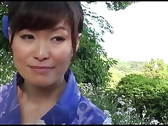 38yr old Hitomi Ookubo loves Fucking Outside..