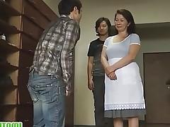 Mature Chizuru Knows How To Please Cocks
