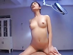 A woman rules this hospital uncensored ctoan