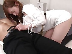 Gorgeous Japanese babe gets very naughty with..