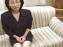 53yr old Makiko Miyashita Keen to Teen Snake..